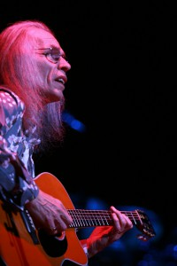 Steve Howe 2014 (Credit Paul Secord)
